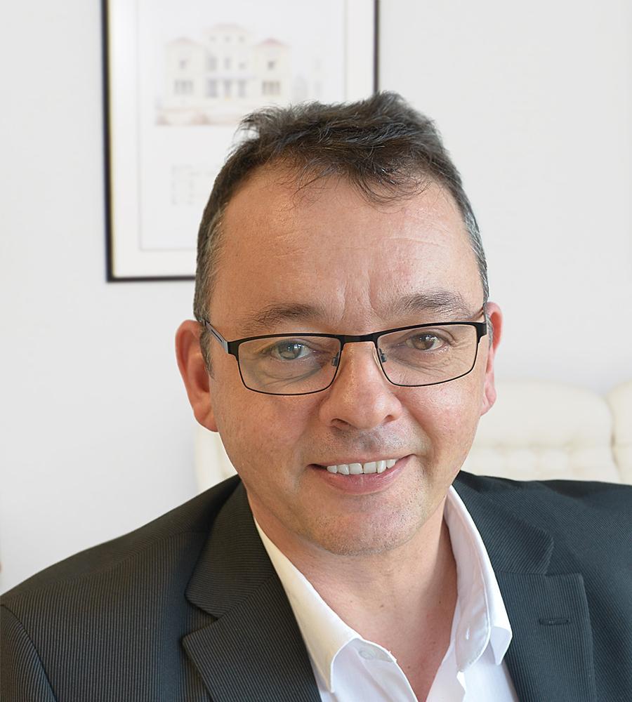 Dr. Schröder Michael Höfler